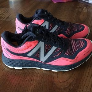 Just In - New Balance Gobi V1 Running Shoes 6.5